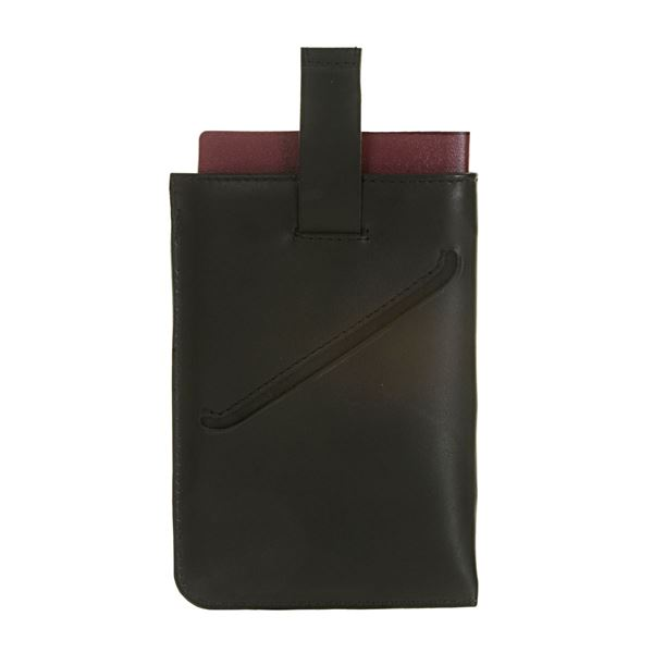 NAPPA LEATHER PASSPORT HOLDER 17.823.310 Black